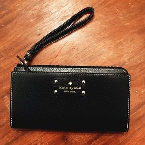 RARE Black Kate Spade Wellesley Wallet